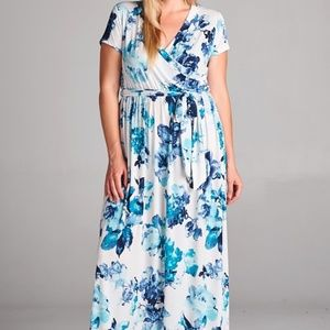 Plus Size Short Sleeves Floral Maxi Dresses